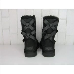 UGG Bailey Bow II Black Women's Sheepskin Boots